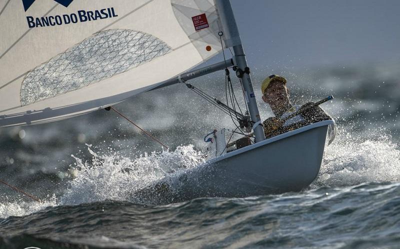 Scheidt completa 48 anos e disputa último campeonato oficial antes de Tóquio