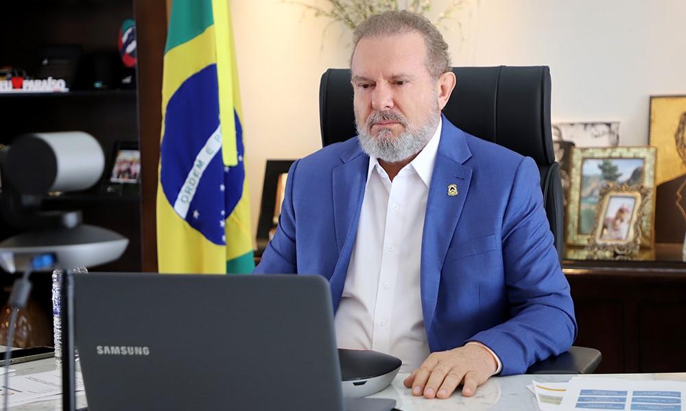 Despenca números de casos da Covid-19 no Tocantins e governador reforça importância da vacinação