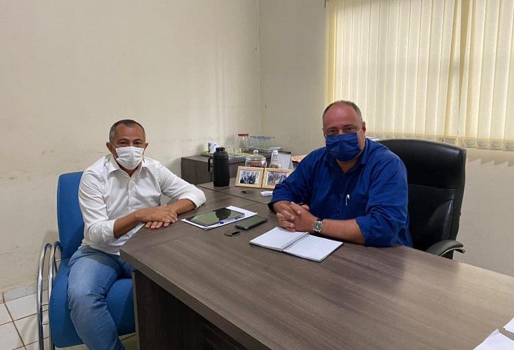Prefeito Flavão, de Divinópolis, discute demandas com o presidente da Hidro Forte