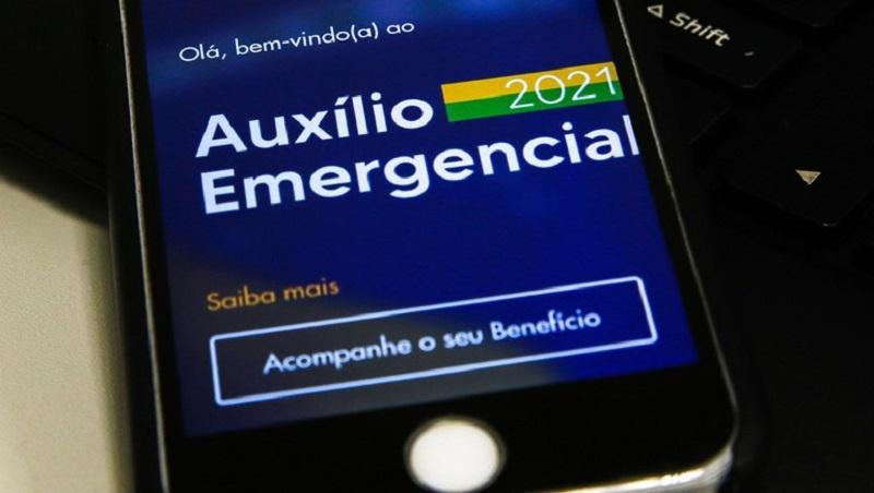 Nascidos em dezembro podem sacar auxílio emergencial