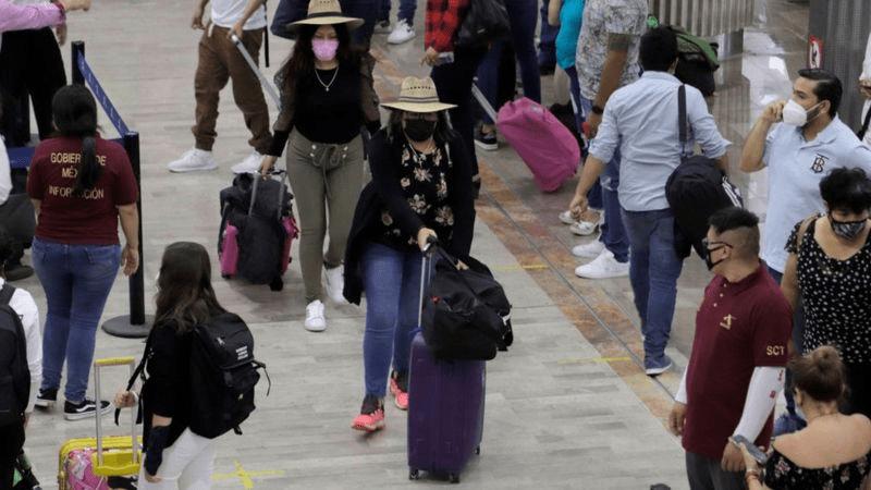 Vacina contra Covid: Latino-americanos que viajam aos EUA para se imunizar