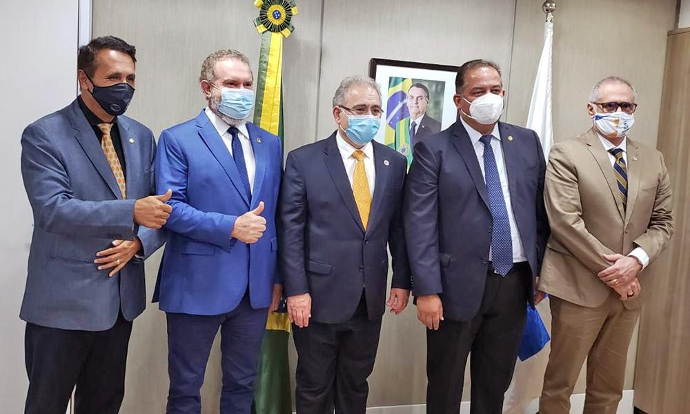 Governador Carlesse solicita ao ministro Marcelo Queiroga autorização para vacinar profissionais da Educação