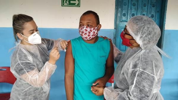Miranorte realiza imunização de alunos da Apae contra a Covid-19