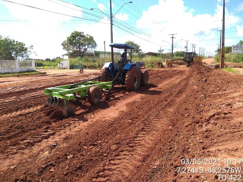 Ageto intensifica trabalhos de recuperação da TO-422, em Araguaína