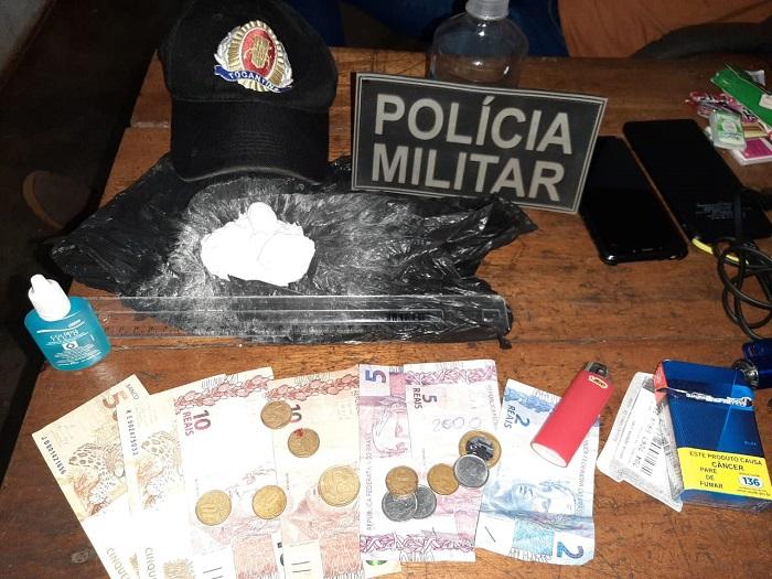 Polícia Militar prende traficante de drogas e apreende cocaína em Marianópolis