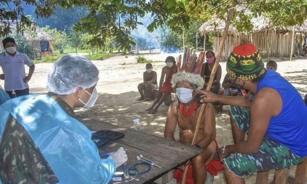 72% dos indígenas do Brasil já receberam as duas doses da vacina contra a Covid-19, afirma MS
