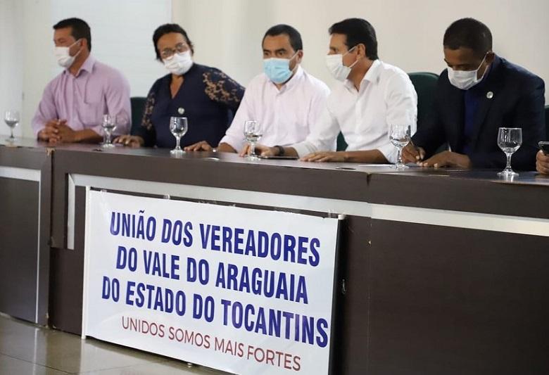 Associação de Vereadores do Vale do Araguaia é instituída com presença de gestores e parlamentares