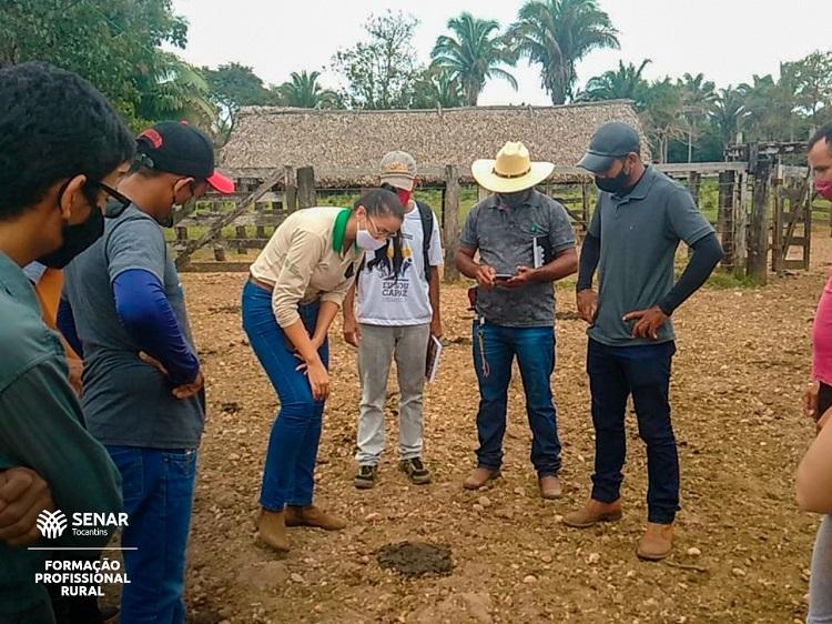Buriti do Tocantins recebe curso do trabalhador no manejo alimentar da bovinocultura de leite
