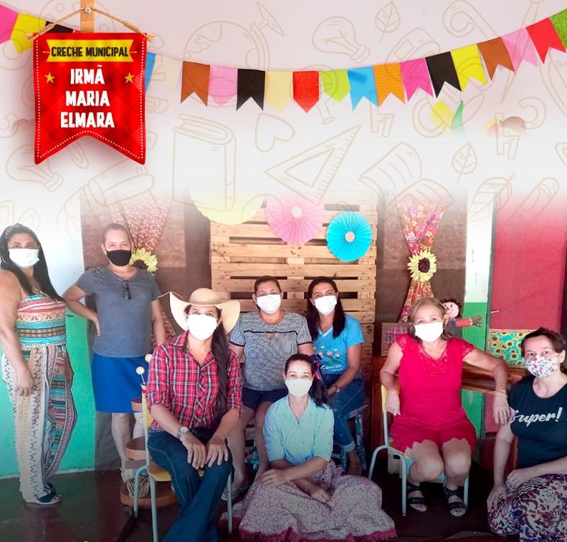 Em clima de São João, Educação de Marianópolis promove 9ª etapa de entrega das atividades escolares