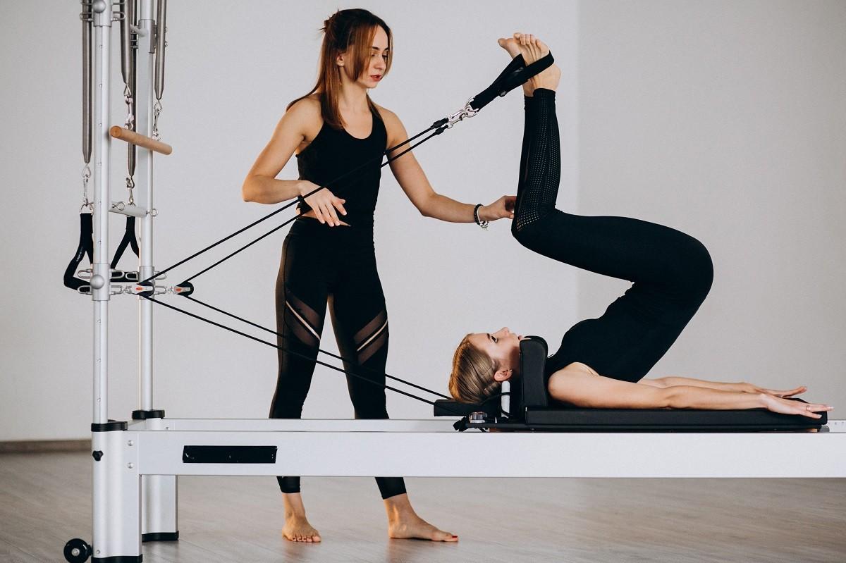 Pilates ajuda a aliviar sintomas da TPM, aponta estudo
