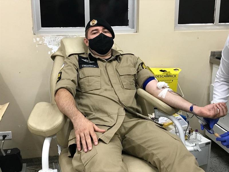 Militares do 2° Batalhão da PM realizam doação de sangue no Hemocentro de Araguaína