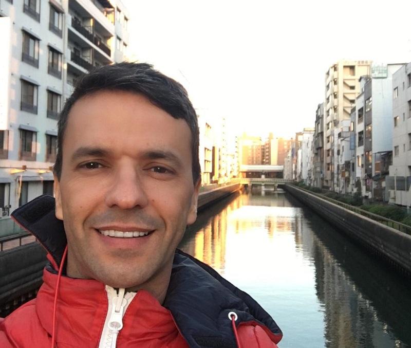 Publicitário Sandro Andrade faz sucesso como empresário