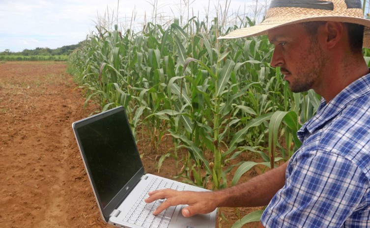 Campo do Conhecimento apresenta live Agricultura 4.0 – Gestão em Fazendas