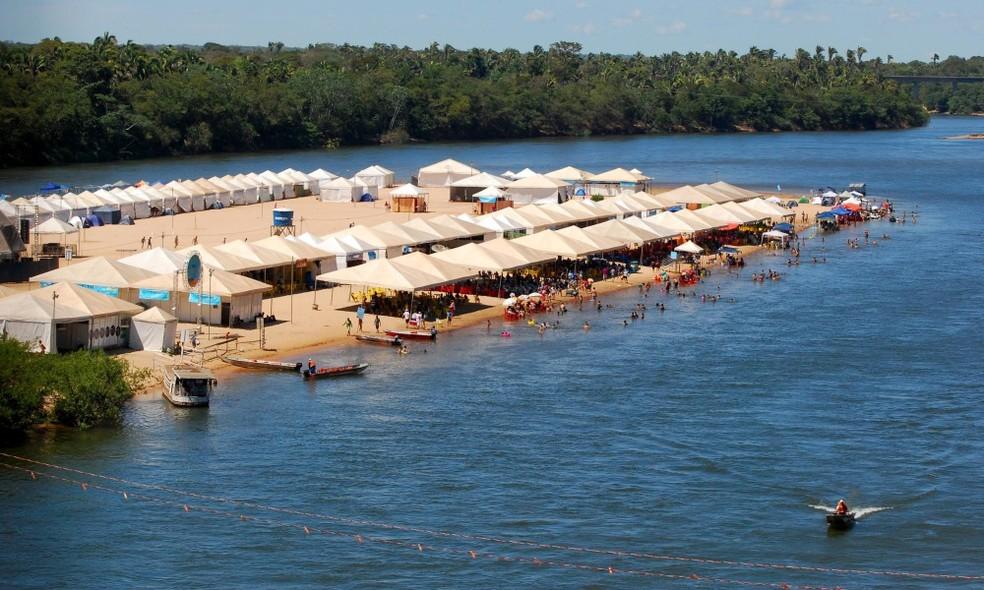 Após consultar população, Prefeitura de Pedro Afonso libera acesso às praias do município