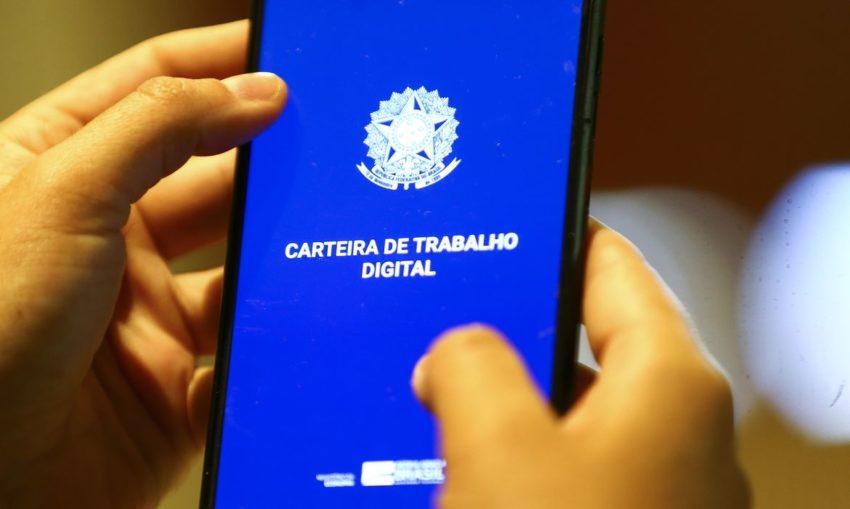 Brasil gera 309 mil empregos formais em junho