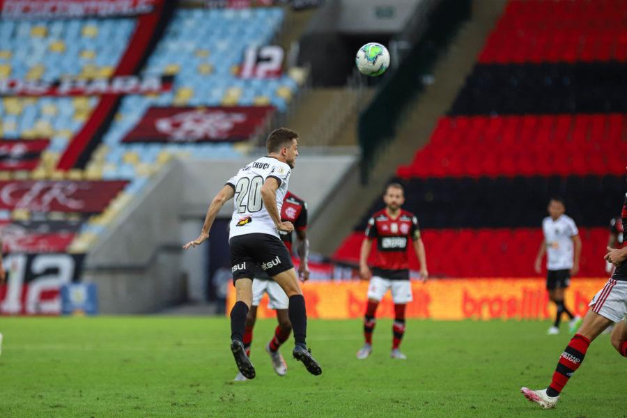Com histórico positivo diante do Flamengo, Hyoran destaca momento do Atlético Mineiro em busca da liderança