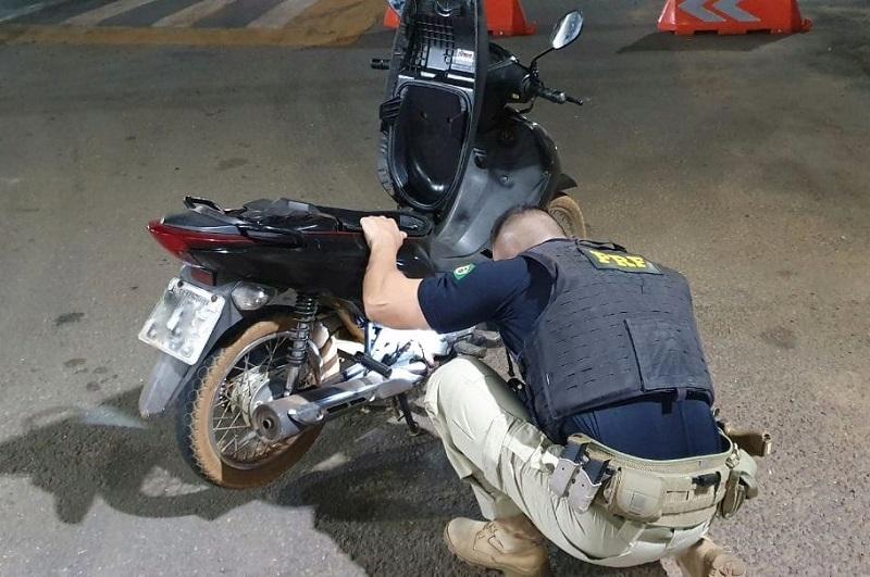 PRF recupera motocicleta 2 dias após ser roubada em Araguaína