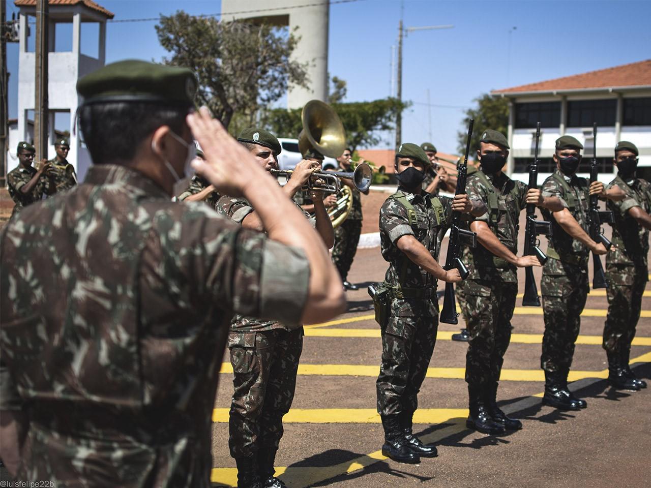 General se despede do serviço ativo do Exército em solenidade realizada no 22º Batalhão de Infantaria em Palmas