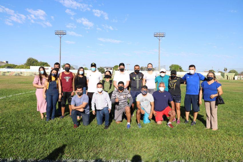 Educadores Físicos da Rede Municipal de Ensino de Paraíso participam de formação sobre Atletismo