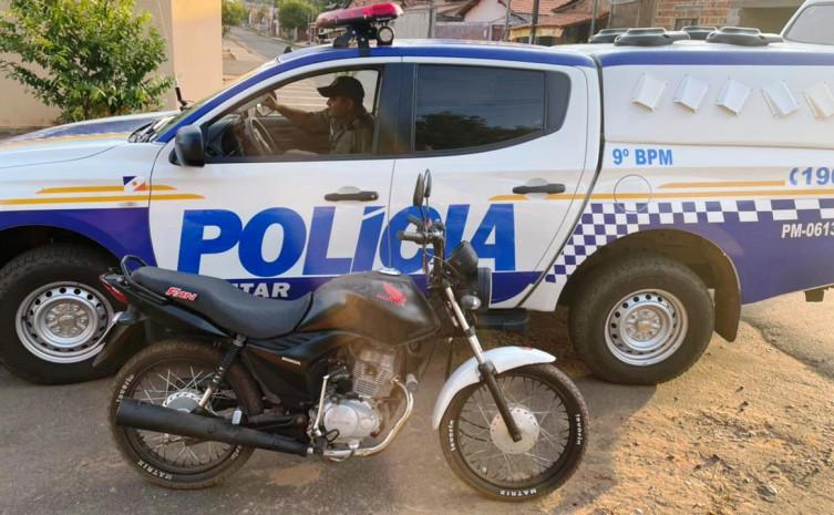 Homem é preso acusado de direção perigosa e tem veículo apreendido pela PM em Araguatins