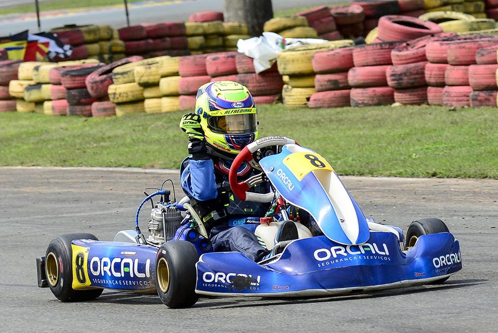 Alfredinho Ibiapina assume a liderança da Copa SPR Light de Kart