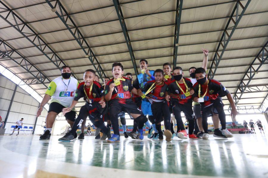 Último dia de competições dos Jets define campeões do Futsal e Handebol em Palmas