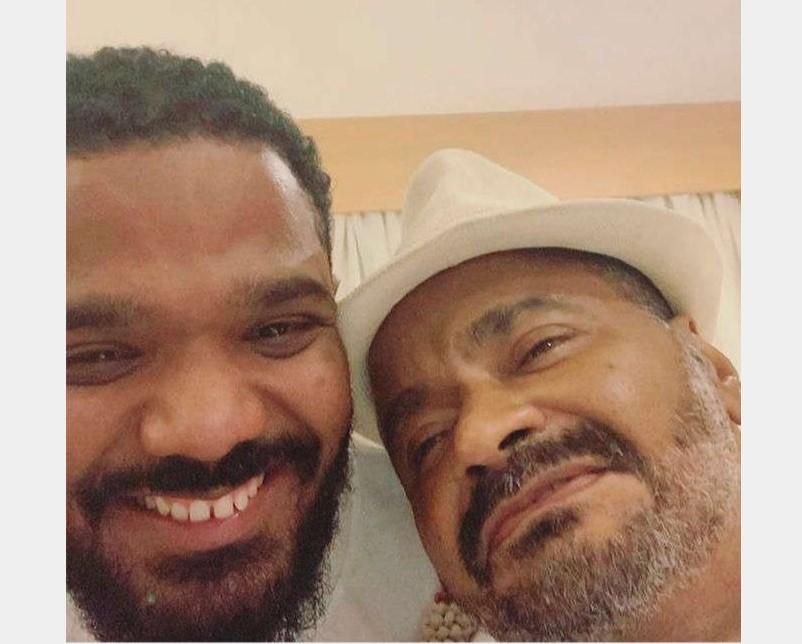 Filho de Arlindo Cruz fala sobre vício do cantor em cocaína: – Meu pai só fez mal para ele