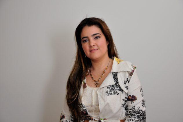 Luta de Daniela López tem vitória com a queda da pós-graduação pelo MEC