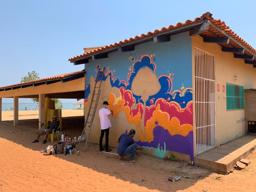 Praia das Arnos em Palmas ganha dez painéis grafitados no III PMW Street Graffiti