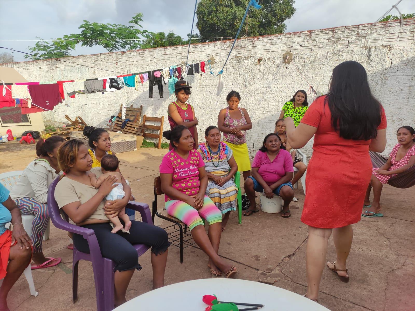 Prefeitura oferta curso para mulheres venezuelanas refugiadas em Araguaína