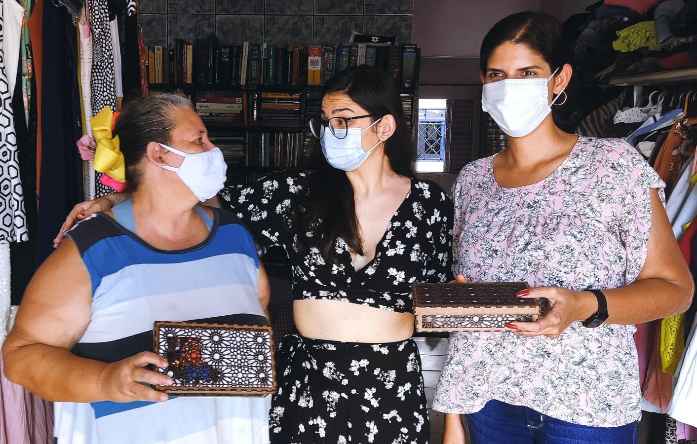Artistas do projeto Sagrado Feminino prestam homenagem à Casa 8 de Março em Palmas
