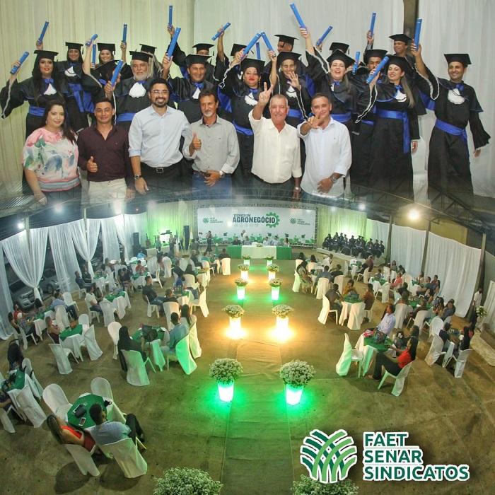 Diplomados novos Técnicos em Agronegócio do SENAR