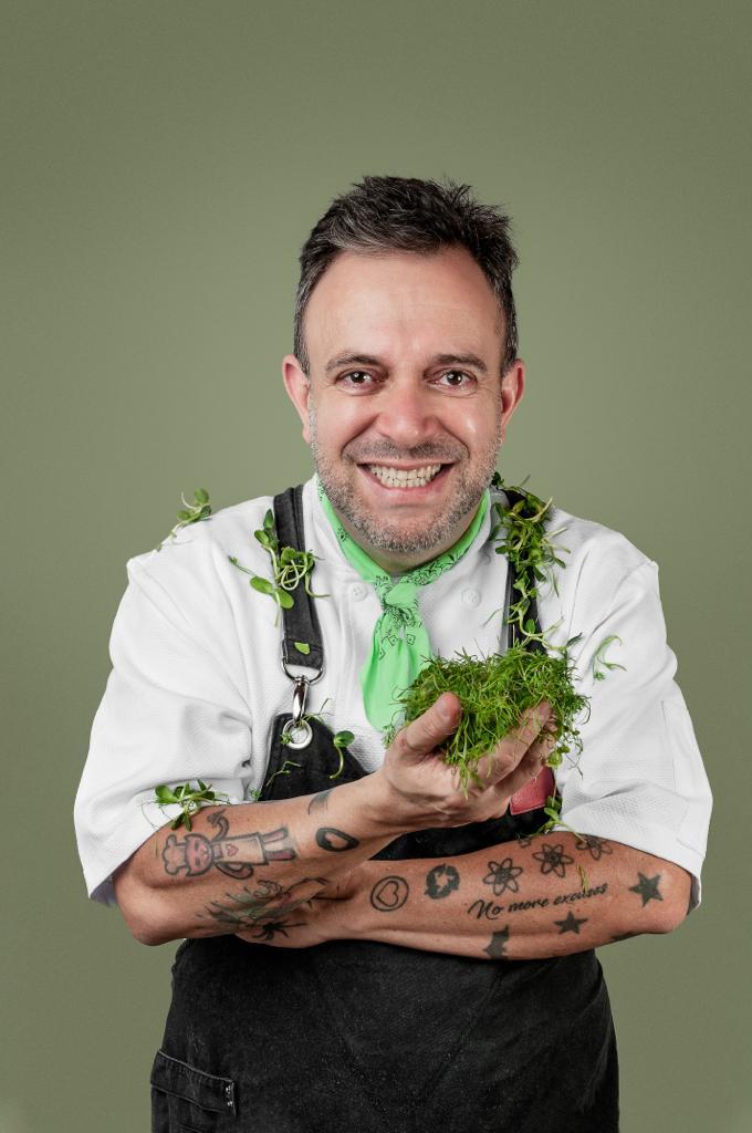 15º FGT: Chef goiano André Barros abre segunda noite do Festival