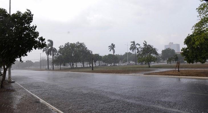 Período chuvoso com temporais na Capital pode trazer riscos e Defesa Civil de Palmas dá dicas de cuidados