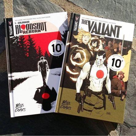 """#Actu #Comics : @ValiantComics de retour en VF chez @Bliss_Comics Depuis quelques jours, l'univers Valiant est de retour en VF dans un tout nouveau format cartonné chez un tout nouvel éditeur créé spécialement pour accueillir la licence US qui nous propose une alternative rafraîchissante et de qualité aux univers Marvel et DC.Sont donc disponibles chez Bliss Comics et pour 10 € seulement jusqu'au 31/08/2016 """"The Valiant"""" et """"Bloodshot Reborn"""". Ces 2 titres, scénarisés par Jeff Lemire sont d'excellentes portes d'entrée pour cet univers. N'attendez plus."""