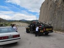 Escorte de policiers pour arriver jusqu'à la capitale, Guatemala