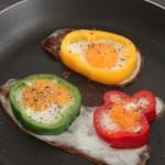 egg islands in a bell pepper border