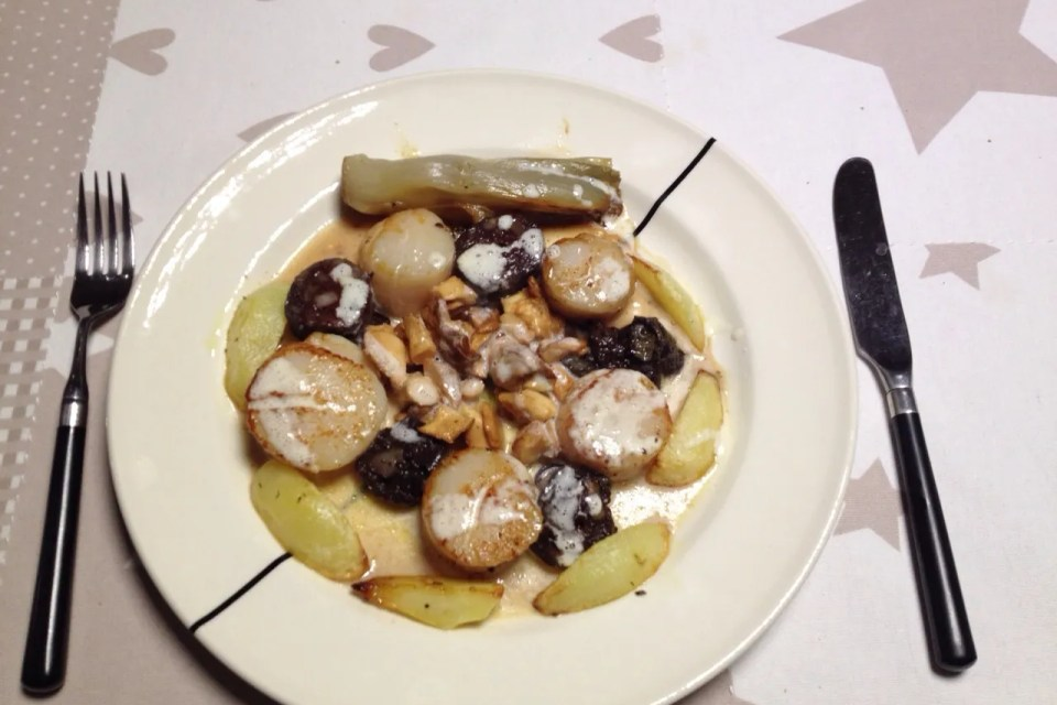 scallops with blood sausage