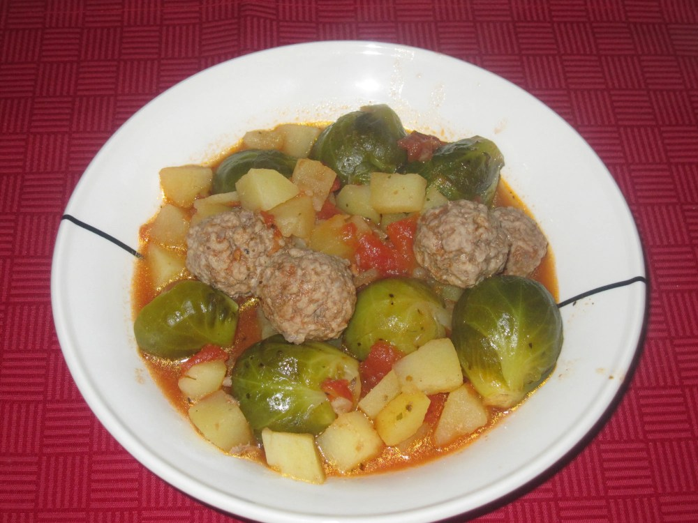 healthy Brussels sprouts with meatballs