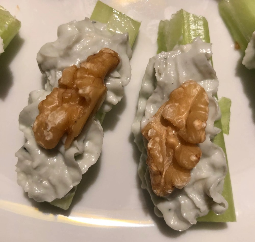 celery snack with roquefort and walnut