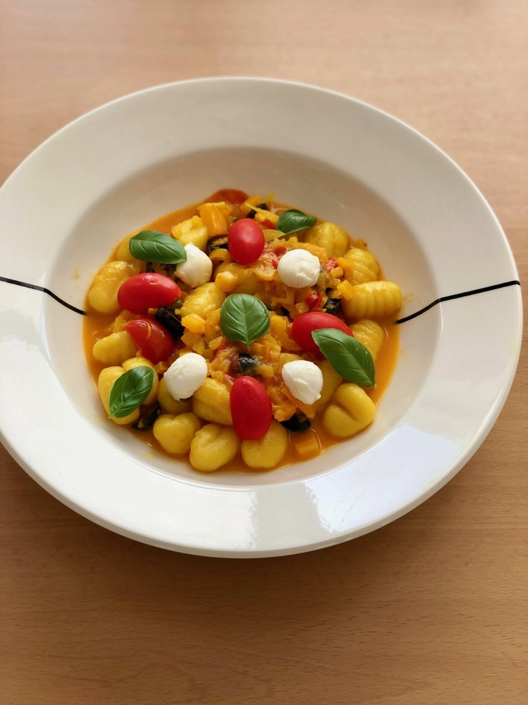 vegetarian gnocchi with yellow bell pepper