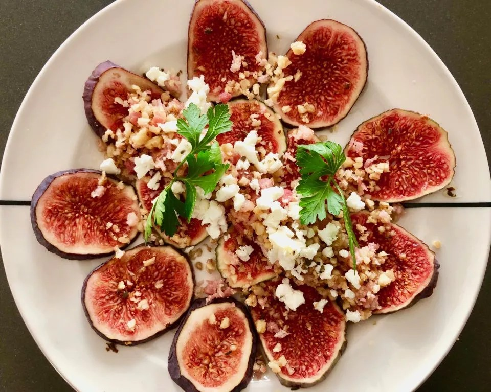 fresh fig carpaccio with chopped bacon and walnuts, topped with crumbled feta is a French style starter, perfect for the transition from summer to autumn.This