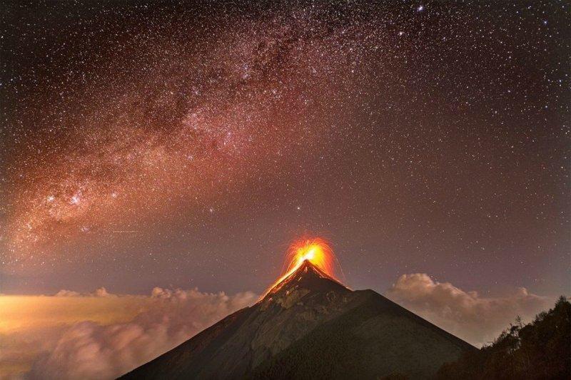 surprisinglives.net/fuego-volcano-guatemala/