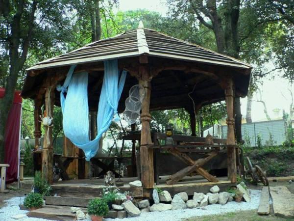 despre-case-din-lemn-vechi-mester-Danut-Hotea-case-rustice-din-lemn-25