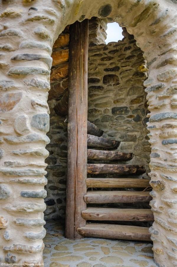 Castelul de lut Valea Zanelor Porumbacu de Sus 10