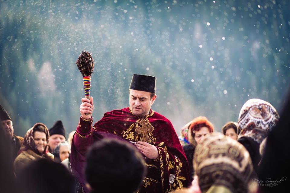 Boboteaza in Bucovina (GALERIE FOTO)