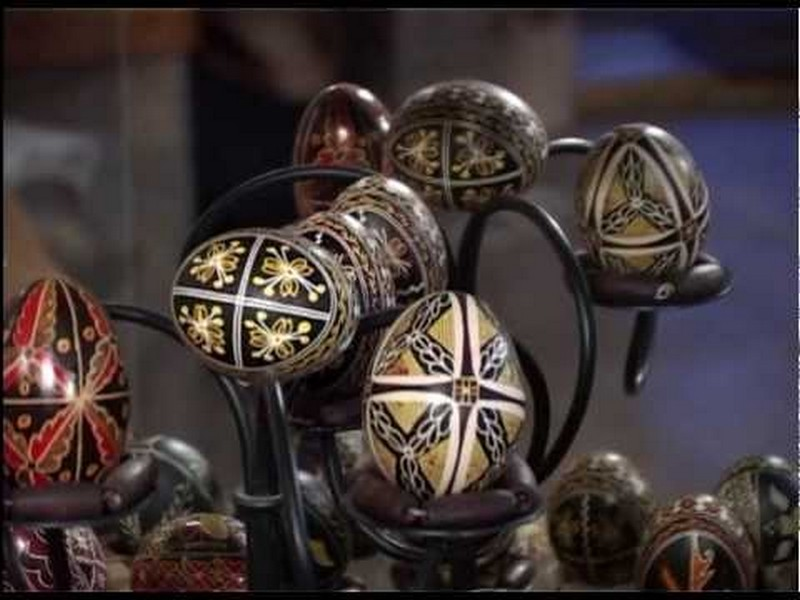 Incondeierea oualor in Bucovina – Mestesug la rang de arta (VIDEO)