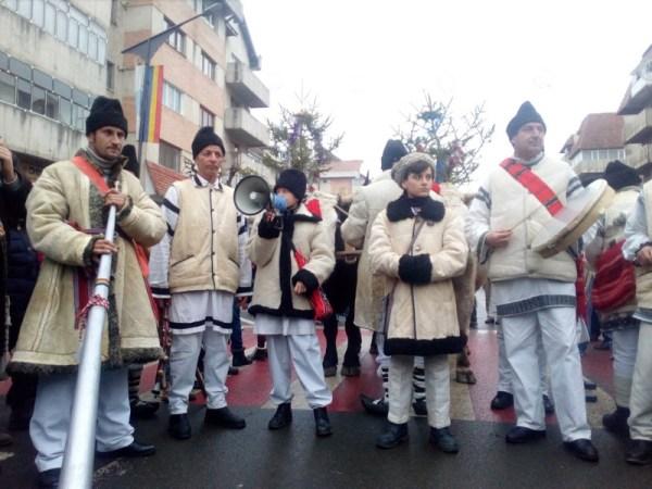Festivalul de Obiceiuri si Traditii de Anul Nou, la Targu Neamt – un succes pentru a sasea oara