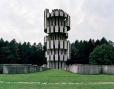 Spomenik_06