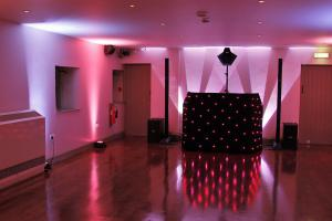 Mobile Djs and Discos in Worcester